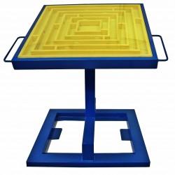 Maze Brainteaser swing