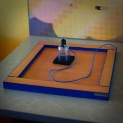 Diamagnetic levitation device